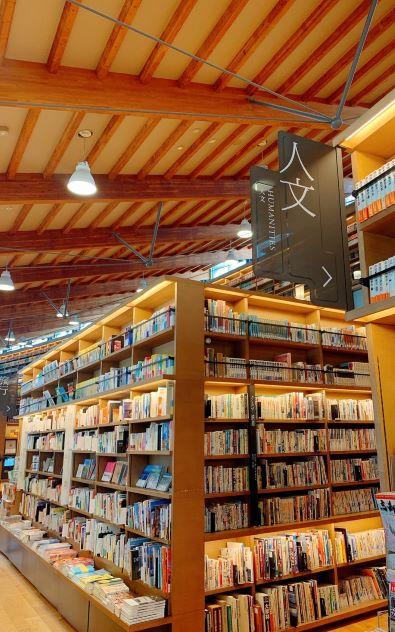 武雄図書館_191014_0008_0.jpg
